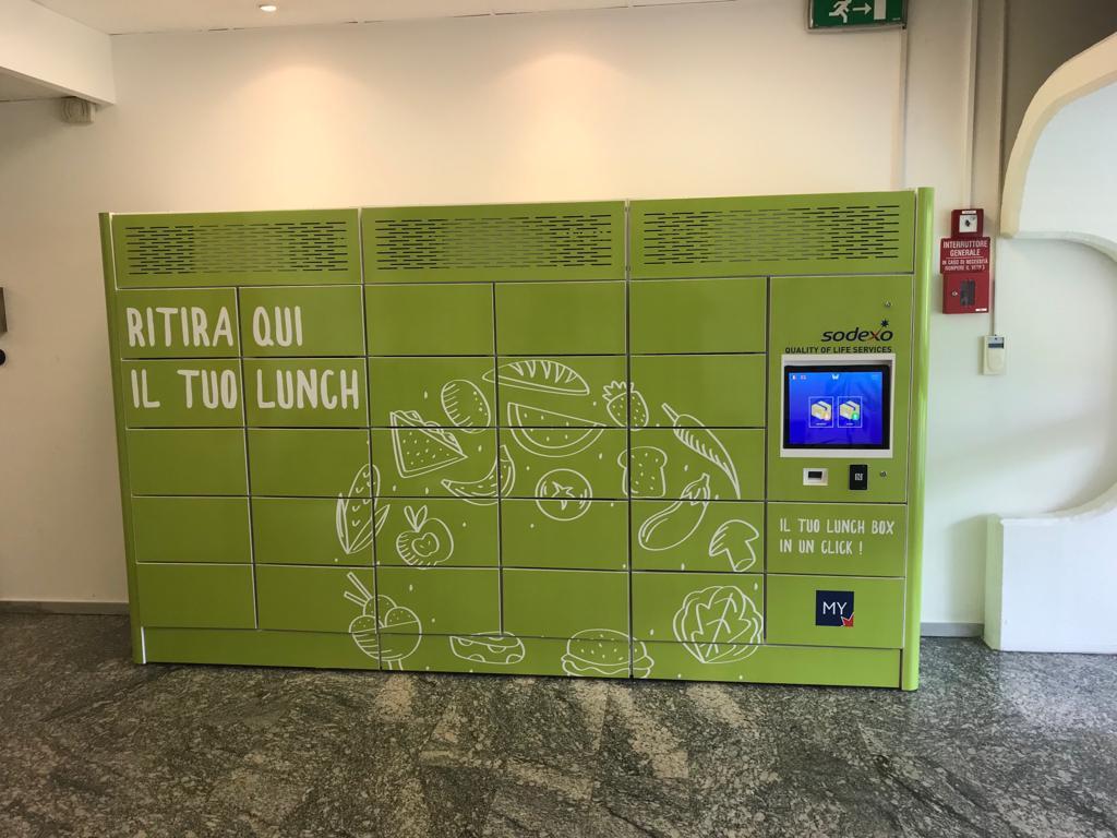 smart locker refrigerato
